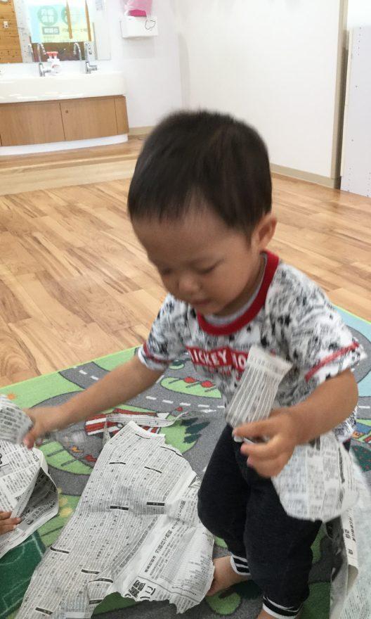 ねらい 新聞紙 遊び 保育園で新聞紙遊び|遊びのねらいや導入方法、新聞紙のスポーツ